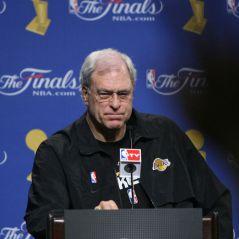Phil Jackson : le mythique coach de la NBA découvre Twitter et se rate en beauté