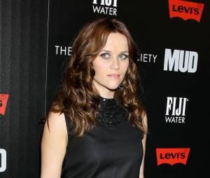 Reese Witherspoon de retour sur le tapis rouge après un séjour en garde à vue