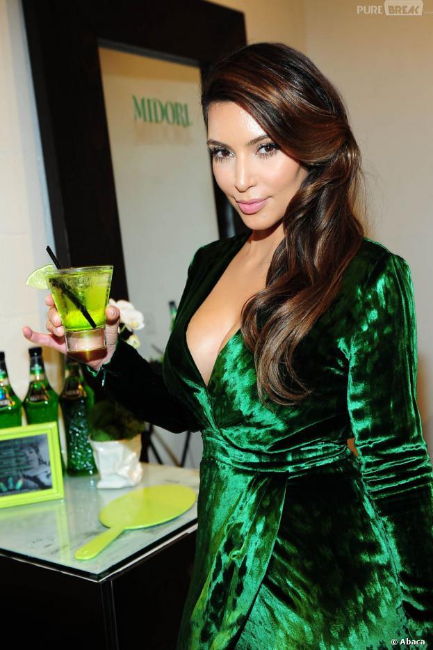 Kim Kardashian remplacée par une star de Vampire Diaries pour promouvoir la marque Midori