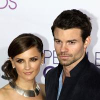 Daniel Gillies : la star de The Vampire Diaries bientôt papa