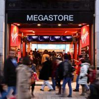 Virgin Megastore : le déstockage massif fait bondir les salariés