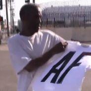 Abercrombie & Fitch : un internaute énervé distribue des vêtements de la marque à des SDF
