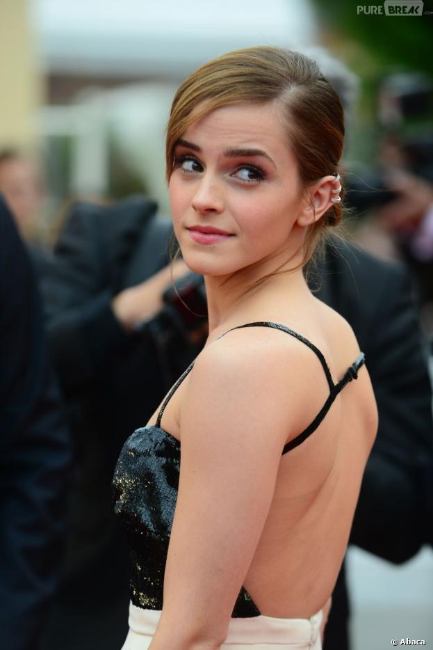Emma Watson pas rebelle à Cannes pour la présentation de The Bling Ring