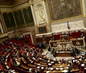 """L'Assemblée nationale a voté la suppression du mot """"race"""" de la législation française"""