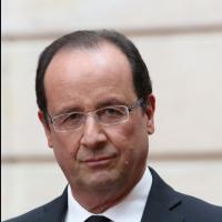 """François Hollande """"Je me déplace dans la rue sans que vous le sachiez"""" : la phrase qui fait rire Twitter"""