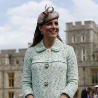 Kate Middleton enceinte et en mode Marilyn : sa robe soulevée par le vent fait le buzz