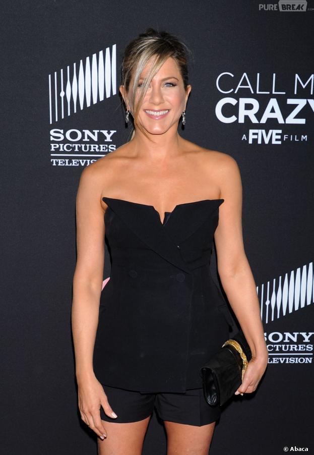 Jennifer Aniston va recevoir de la lingerie fine de Miranda Kerr.
