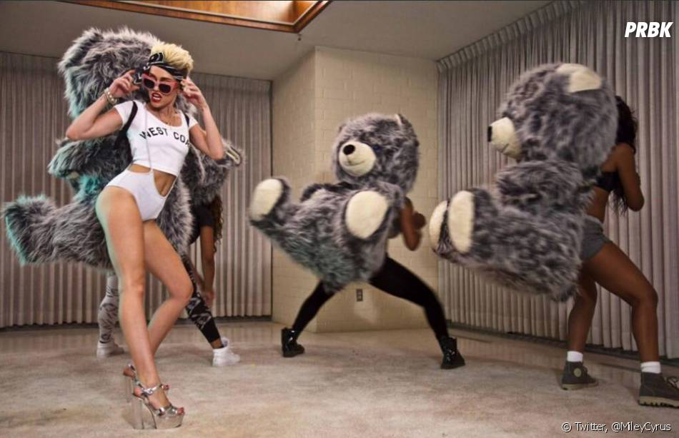 Miley Cyrus n'a pas peur de dévoiler son corps sur Twitter