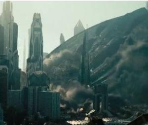 Gros crash dans un extrait intense de Star Trek Into Darkness