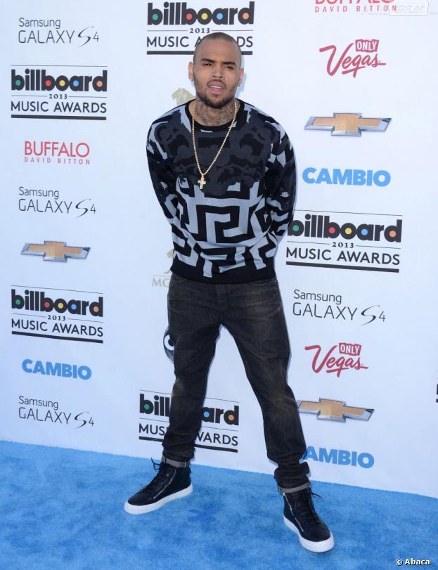 Chris Brown : inculpé après un accident de voiture