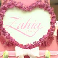 Zahia à moitié nue pour l'ouverture de sa boutique éphémère à Paris