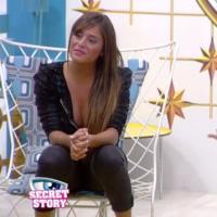 """Secret Story 7 - Anaïs crache au visage de Florine : """"Je ne suis pas une fouteuse de me**de"""""""