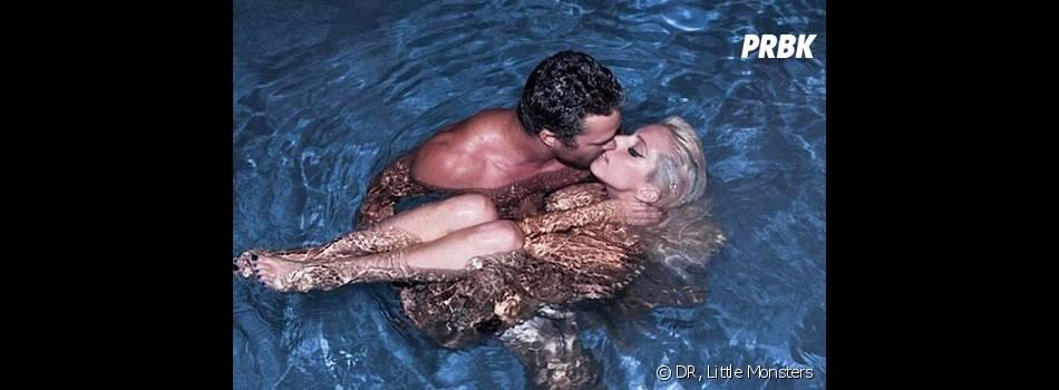 Lady Gaga, ici nue avec Taylor Kinney, est la reine du buzz