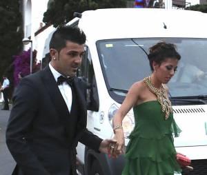 David Villa et sa compagne arrivent au mariage de Xavi, le 13 juillet 2013 en Catalogne