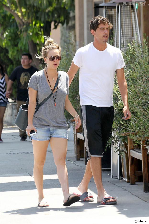 Kaley Cuoco et Ryan Sweeting en couple : après Henry Cavill, elle exhibe déjà son nouvel amoureux, un joueur de tennis