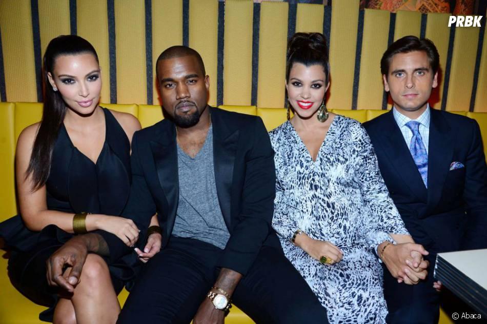 Kim Kardashian, Kanye West, Kourtney Kardashian et Scott Disick à NY, le 23 avril 2012