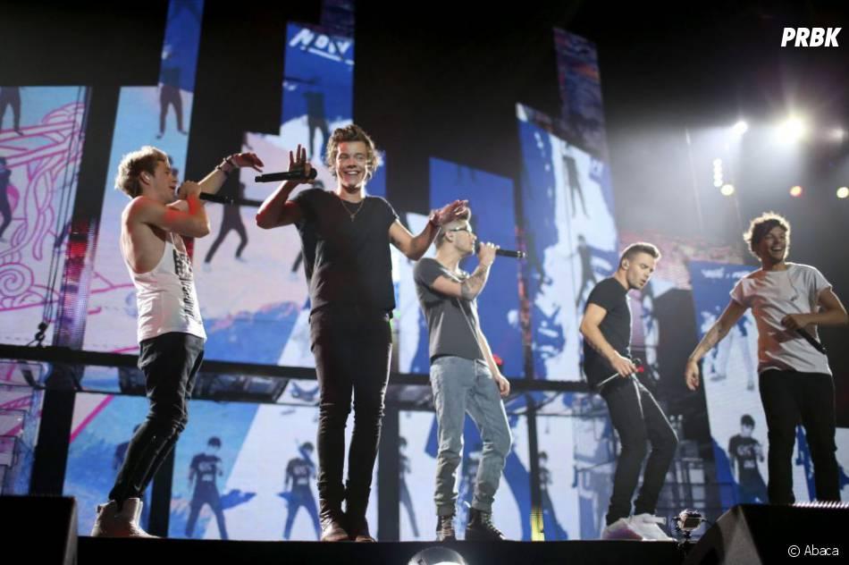 """One Direction pendant le """"Take Me Home Tour"""" en juillet 2013 aux Etats-Unis"""
