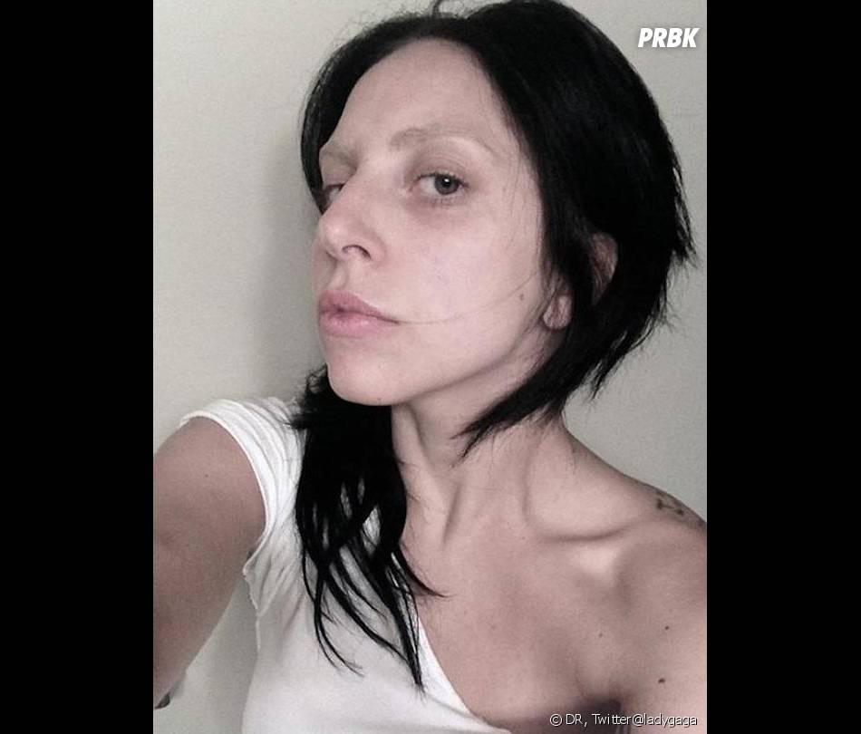 Lady Gaga s'affiche sans maquillage et ça fait peur