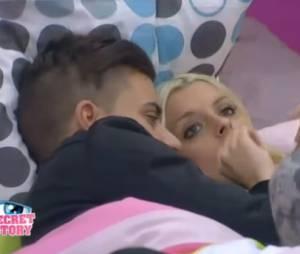 Secret Story 7 : Vincent fait encore le lover avec Alexia