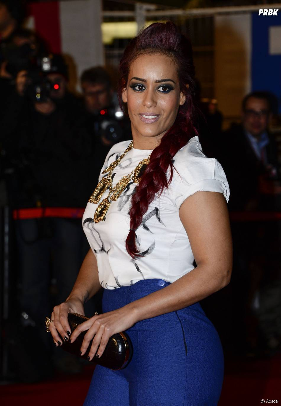Amel Bent sur le tapis rouge des NRJ Music Awards 2013