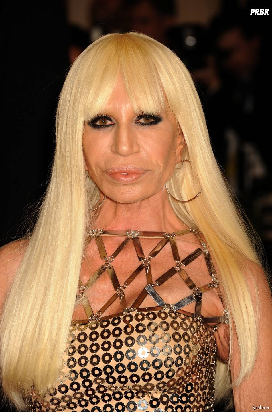 Donatella Versace, la styliste a subi de nombreuses opérations de chirurgie esthétique