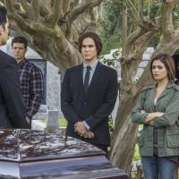 Ravenswood saison 1, épisode 3 : rencontre avec les fantômes pour Caleb et la bande