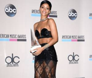American Music Awards 2013 : Rihanna remporte un prix