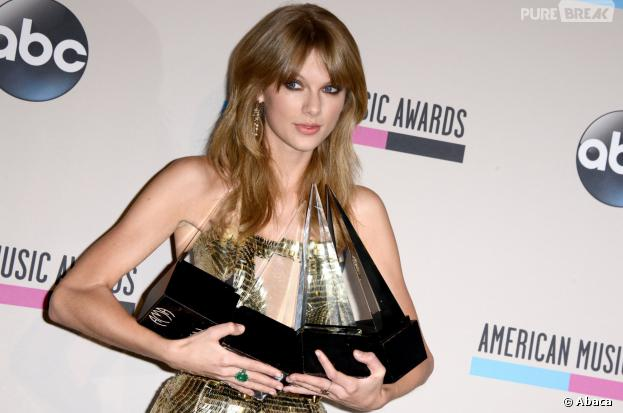 American Music Awards 2013 : Taylor Swift remporte quatre trophées