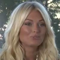 "Caroline Receveur (Hollywood Girls 3) : ""C'est une super copine Nabilla"""