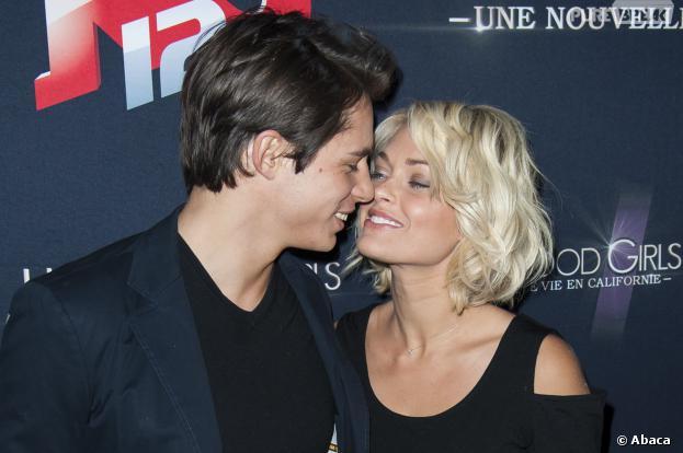 Caroline Receveur complice avec son boyfriend le 12 décembre 2013, au Madam, pendant une soirée Hollywood Girls 3