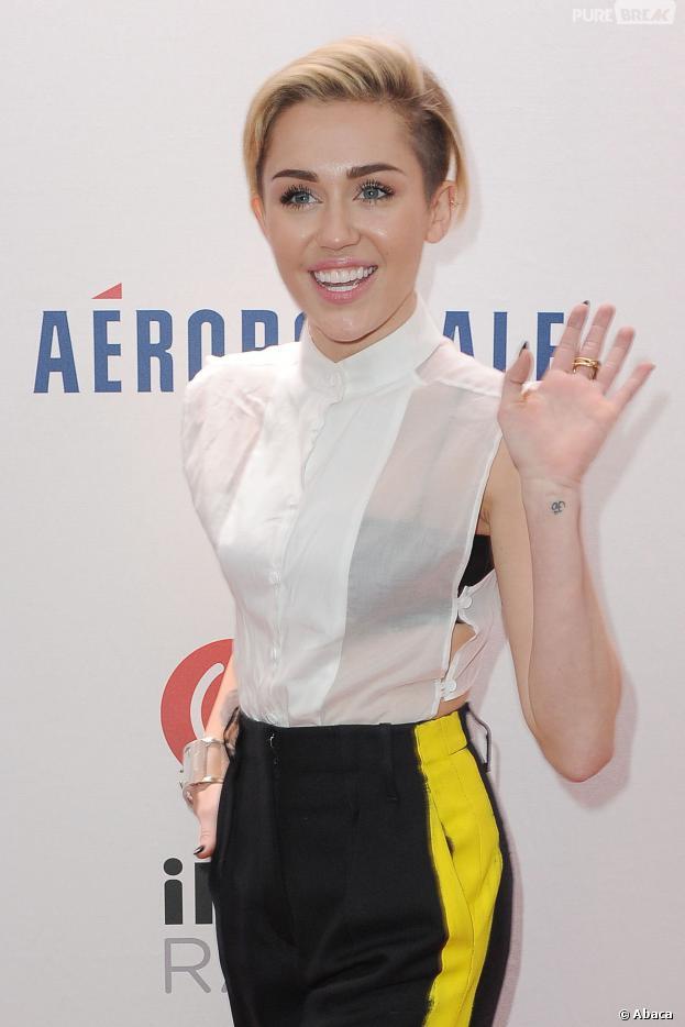 Miley Cyrus au Jingle Ball 2013, le 13 décembre 2013 à New York