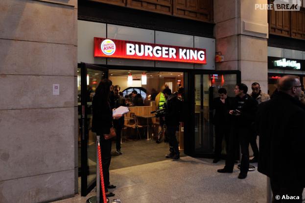 burger king foule xxl paris pour la r ouverture. Black Bedroom Furniture Sets. Home Design Ideas