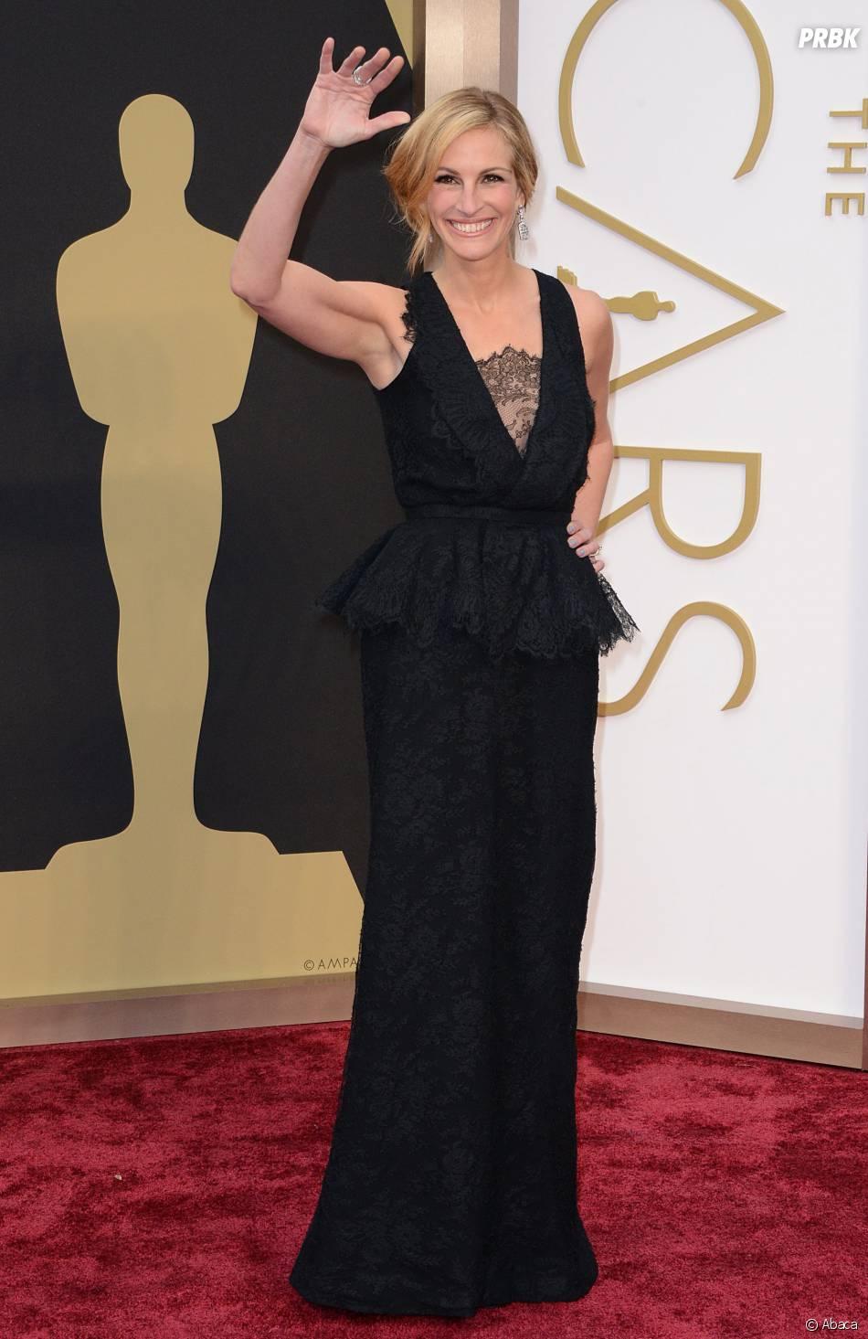 Julia Roberts sur le tapis-rouge des Oscars le 2 mars 2014