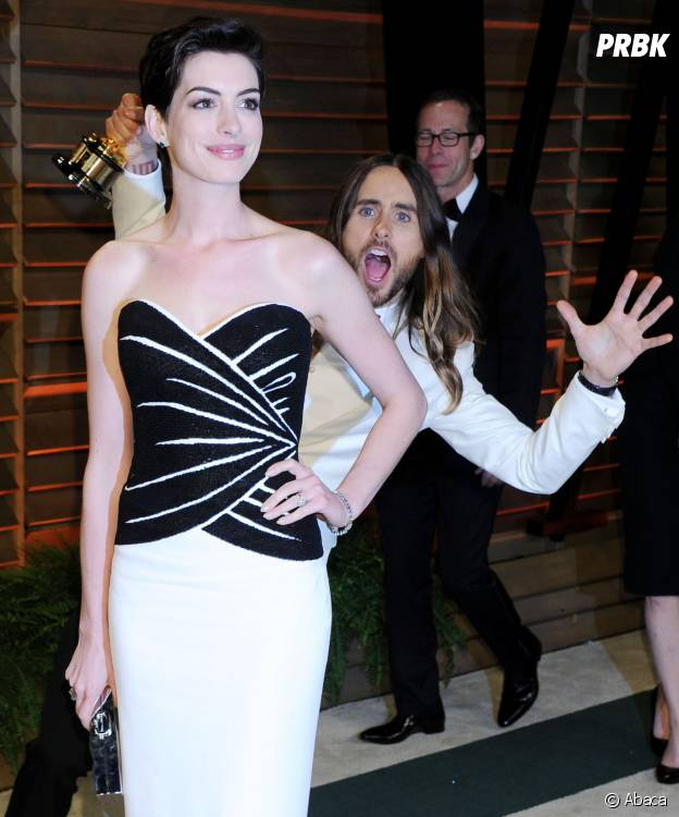 Jared Leto et Anne Hathaway : photobomb inoubliable aux Oscars 2014