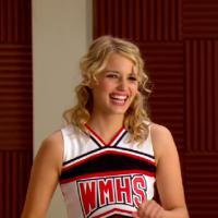 Glee saison 5 : Quinn, Brittany et Santana en cheerios dans les coulisses