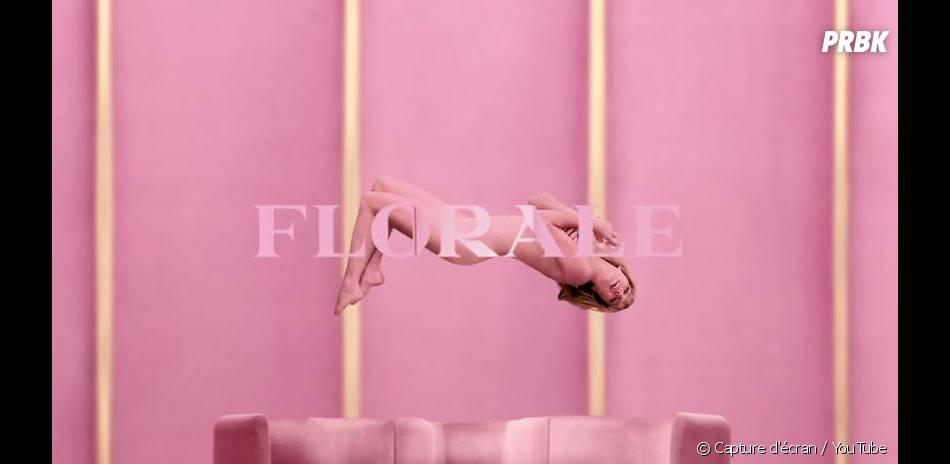 Léa Seydoux se déshabille pour le parfum Candy Florale de Prada