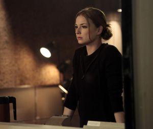 Revenge saison 3, épisode 21 : Emily sur une photo