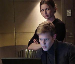 Revenge saison 3, épisode 21 : Emily VanCamp et Gabriel Mann