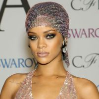 Rihanna nue ou presque sur le tapis rouge : une robe totalement transparente