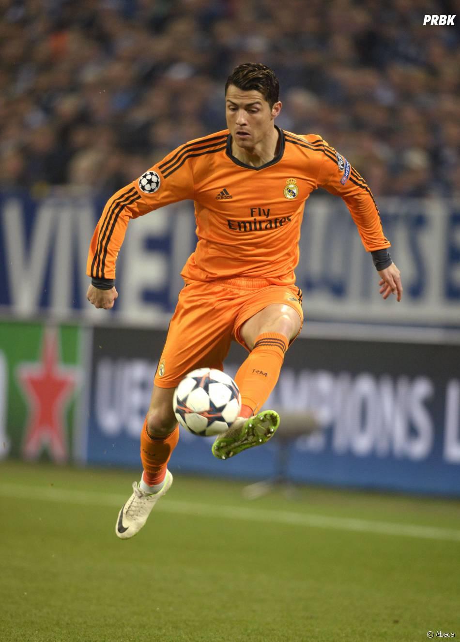 Cristiano Ronaldo en pleine action pendant la Ligue des Champions 2014
