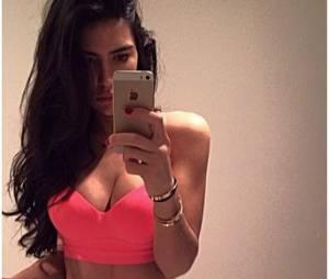 Anara Atanes : selfie sportif et sexy sur Instagram