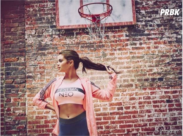 Selena Gomez sexy pour Adidas Neo