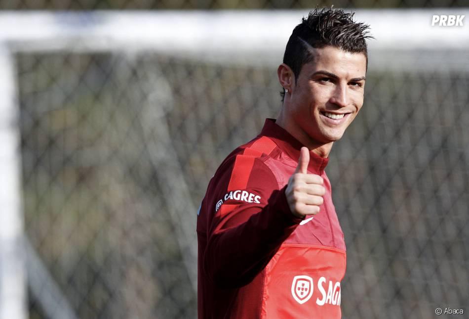 Cristiano Ronaldo : le Ballon d'or 2013 est proche de ses fans