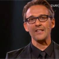 Le Maillon Faible : Julien Courbet mort de rire face à une énorme gamelle