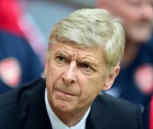 Arsène Wenger perd ses nerfs face à José Mourinho