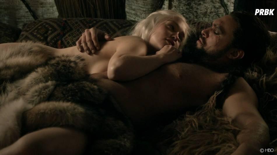 Game of Thrones : Jason Momoa et Emilia Clarke dans la saison 1