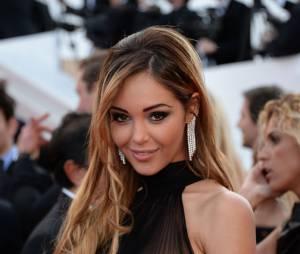 Nabilla Benattia fait le show sur le tapis rouge du festival de Cannes 2014