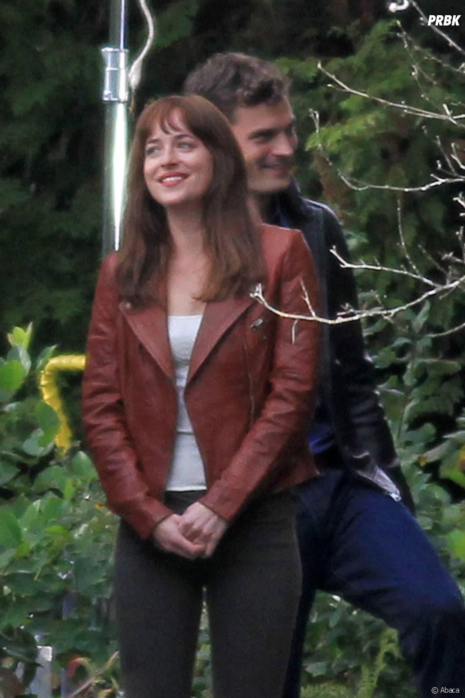 Fifty Shades of Grey : Jamie Dornan et Dakota Johnson sur le tournage le 24 octobre 2014 à Vancouver