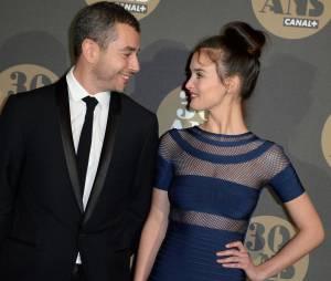 Ali Baddou et Charlotte Le Bon en couple pour la soirée des 30 ans de Canal+ au Palais de Tokyo, le 4 novembre 2014