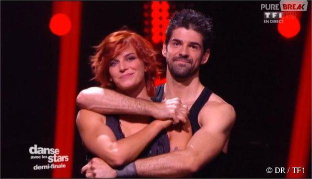 Miguel Angel Munoz et Fauve Hautot lors de la demi-finale de Danse avec les stars 5, 22 novembre 2014 sur TF1